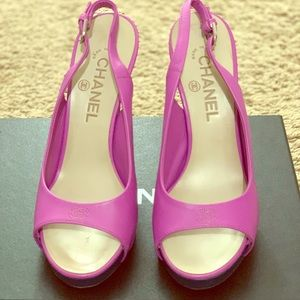 New Chanel Slingback Women Shoes.